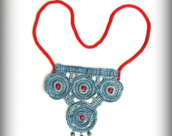 Necklace made of lace denim with special impregnation to people with allergies and hot weather