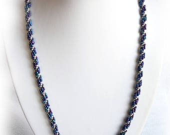 woven blue and silver seed beads necklace