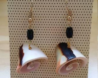 Swirl she'll drop earrings