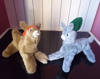 Llamas with hats / Llamas con sombrero