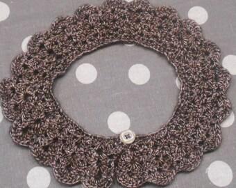 "crocheted jewelry collar ""iced chocolate"""