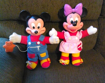 Mickey and Minnie Mouse Teaching and Learning Dolls / Disney