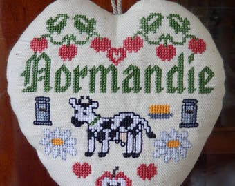 "heart hanging ""Normandy"" embroidered in cross stitch"