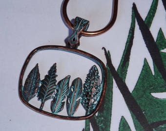 So far the fossil forest (necklace)