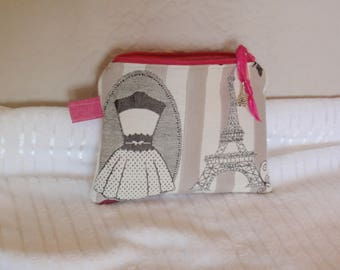 Lined cosmetic Paris pattern