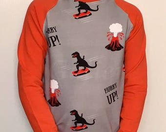 "T-shirt sleeve raglan Sweatshirt ""dinos skate"" red Sweatshirt"