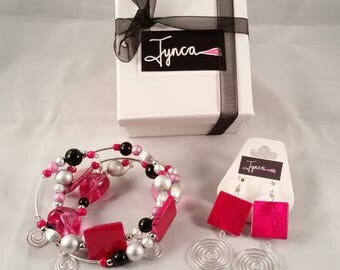 Hot Pink Swirls Bracelet and Earrings Set