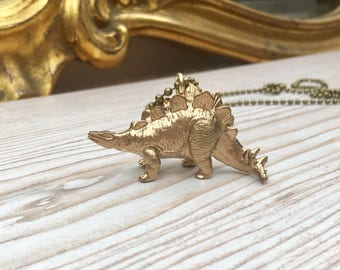 Gold dinosaur pendant, kitsch dinosaur necklace, steampunk necklace, goth necklace, stegosaurus necklace, dinosaur wedding, wedding favour