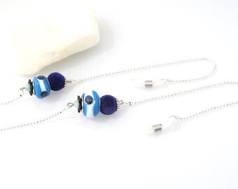 Glasses decorated with Blue ceramic bead chain