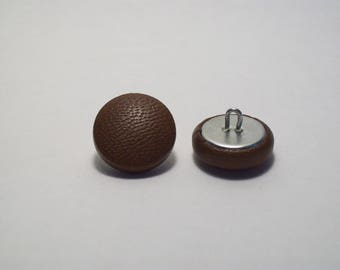 21mm Brown leather covered button