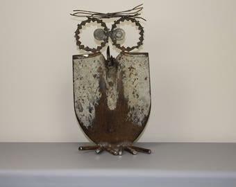 Metal art owls