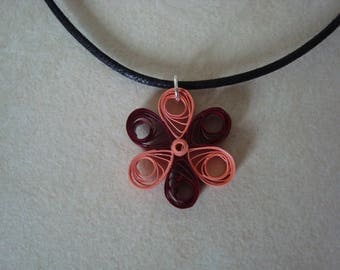 Red flower and saumonnee quilling pendant necklace