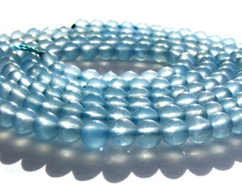 10 aquamarines de 4 mm perles pierres bleues transparentes.