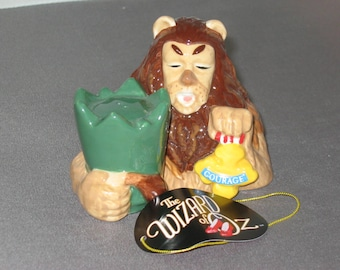 Wizard of Oz Cowardly Lion Salt and Pepper