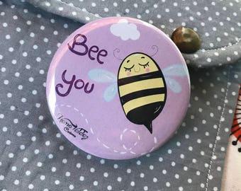 Button badge (pinback badge)