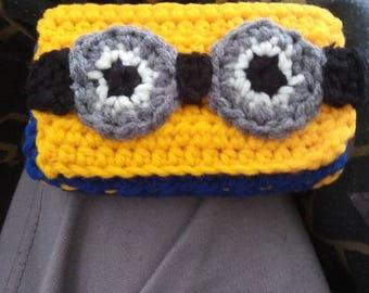 Crochet Minion wallet