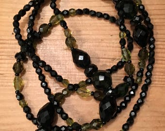 Vintage 1920s french jet black and green glass beads 46inches