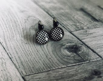 Black with white polka dots cabochon earrings
