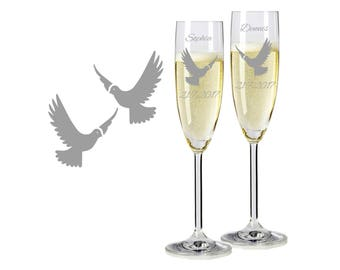 "2 Leonardo champagne glasses with personalized engraving ""pigeons"" bride/Groom with name and date engraved wedding gift"