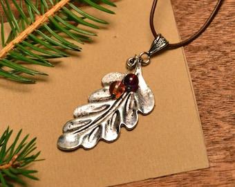 Beaded leaf necklace, leaf pendant, rustic leaf necklace, woodland necklace, boho leaf necklace, nature necklace, aluminium leaf neckalce