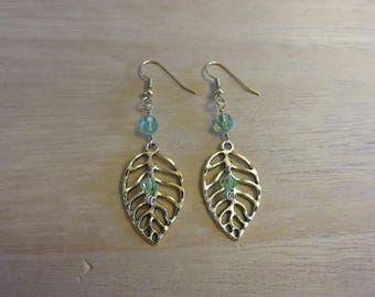 Gold leaf earrings 2