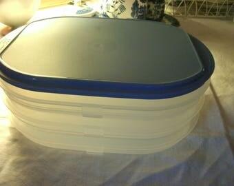 Tupperware Deli/Picnic Stacks with lid