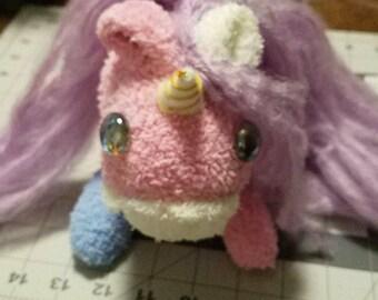 Unicorn Plushie Charger