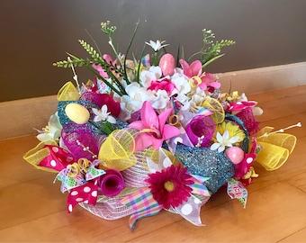 Easter Spring Floral Centerpiece, Table Floral Arrangement, Easter Table Centerpiece, Mesh Spring Arrangement, Spring Floral, Easter Decor