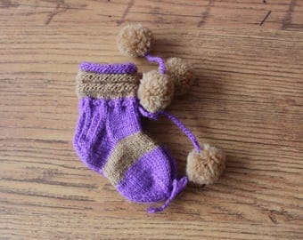 Baby Booties with pom poms colourful booties Knitted booties Baby shoes Hand Knit booties Gender Neutral Baby socks
