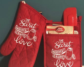 Personalized Kitchen oven glove and pot holder