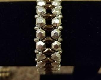 Honeycomb jewel bracelet