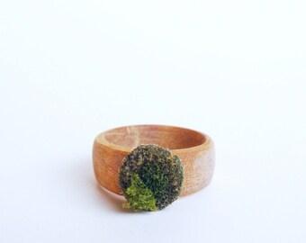 Petite Maple Ring