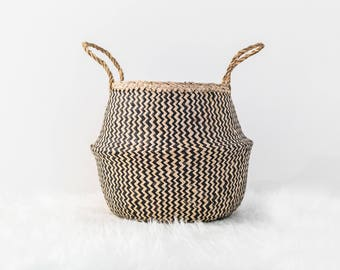Handmade Natural Seagrass Belly Basket (Black & Natural)