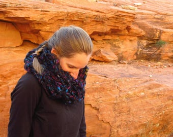 Trans-Canada Highway Infinity Scarf