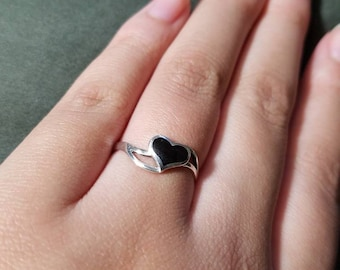 925 silver ring with black heart onyx.