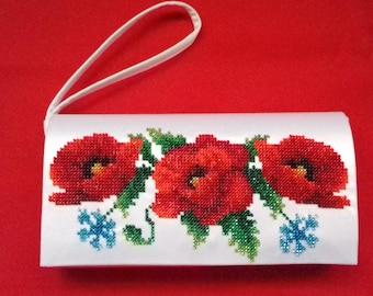 Poppy flower, clutch, handmade, beads