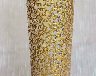 Beautiful glass vase painted by hand