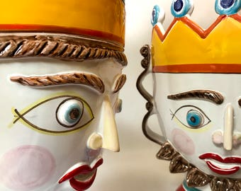 King and Queen heads (pair)