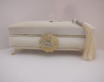 Velvet Jewelry Box,Beige Jewelry Box,Velvet Gift Box, Pearl Necklace Gift Box, Velvet Tasbih Box, Tasbih Box, Velvet Jewelry Storage