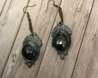 Silver black stone cameos earrings