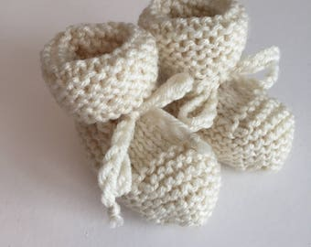 Baby Booties with Tie