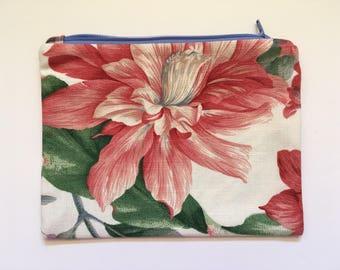 Large Print Floral Zipper Pouch, clutch bag, linen Fabric, purse organizer,  travel accessory, electronic cord cozy, fabric bag, Zipper bag