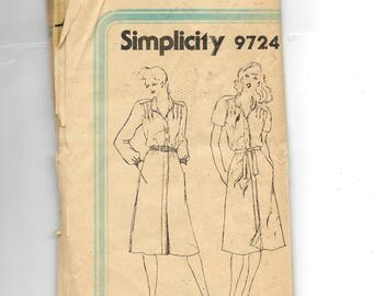 Simplicity Misses' Pullover Dress Pattern 9724