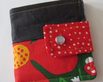 Vintage Fabric Scrappy Wallet * Holds 8 cards and paper money * twilightdance