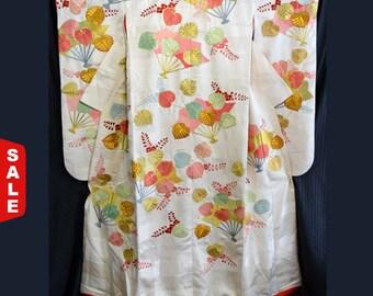 Sale -  Vintage Japanese Woman's Wedding Kimono Uchikake Bridal Dress - Festive Fans