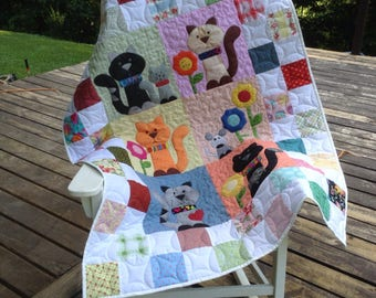 Quilt baby childrens crib nap snuggle kitten appliqued patchwork blanket 38 x 52