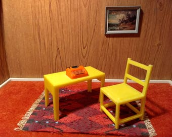 """Sunshine Yellow Writing Desk and Chair 3/4"""" Scale"""
