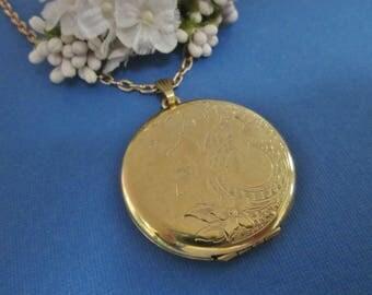Gold Filled Locket Necklace. Danecraft vintage goldfilled locket