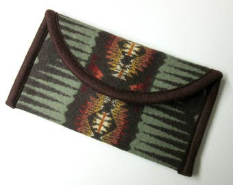 Wallet Clutch Bag Vintage Blanket Wool Print from Pendleton Woolen Mills Southwest Style