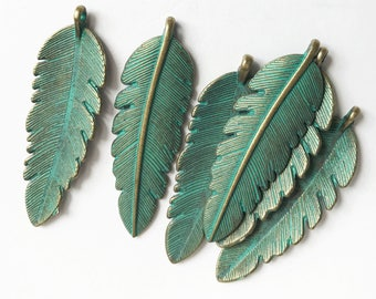 Bulk 30pcs of Antique Brass long leaf pendant 44x14mm, green bronze leaf pendant, Verdigris Patina